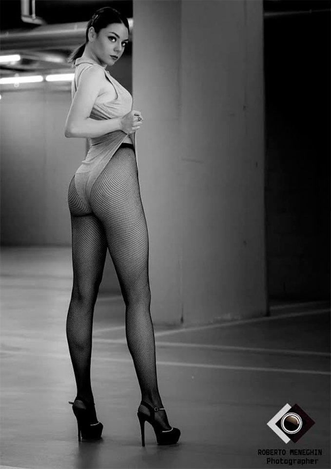 Lisa-Angelica-Parodi sexy