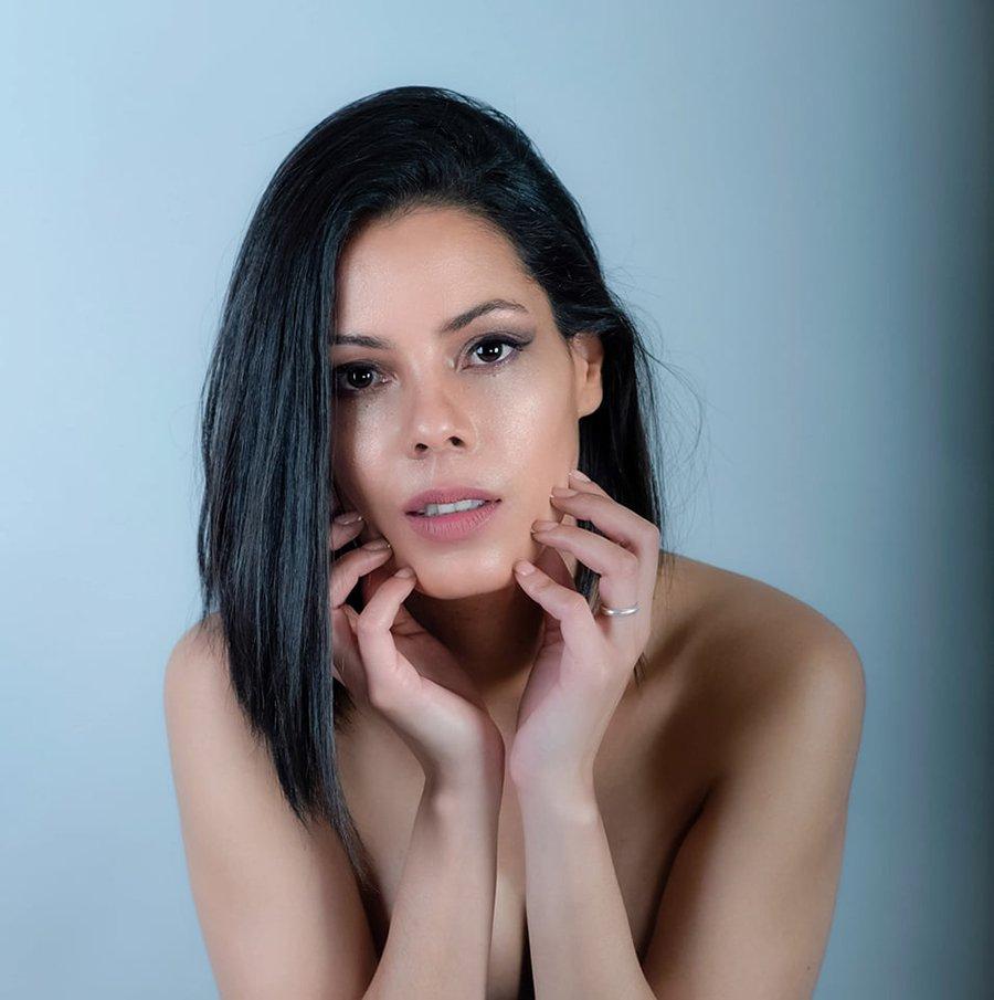Indira-Acosta-volto