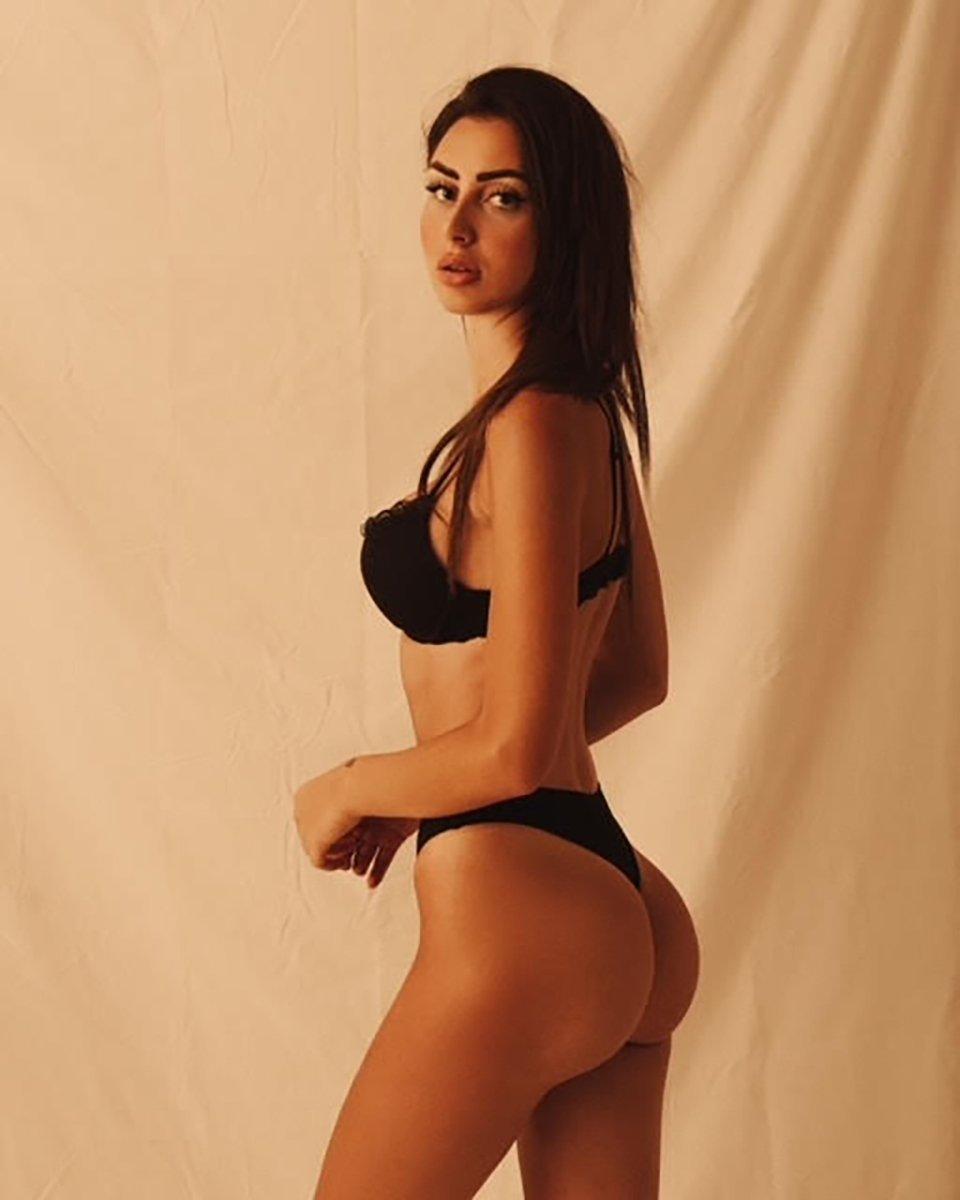 Alessia Caputo sexy