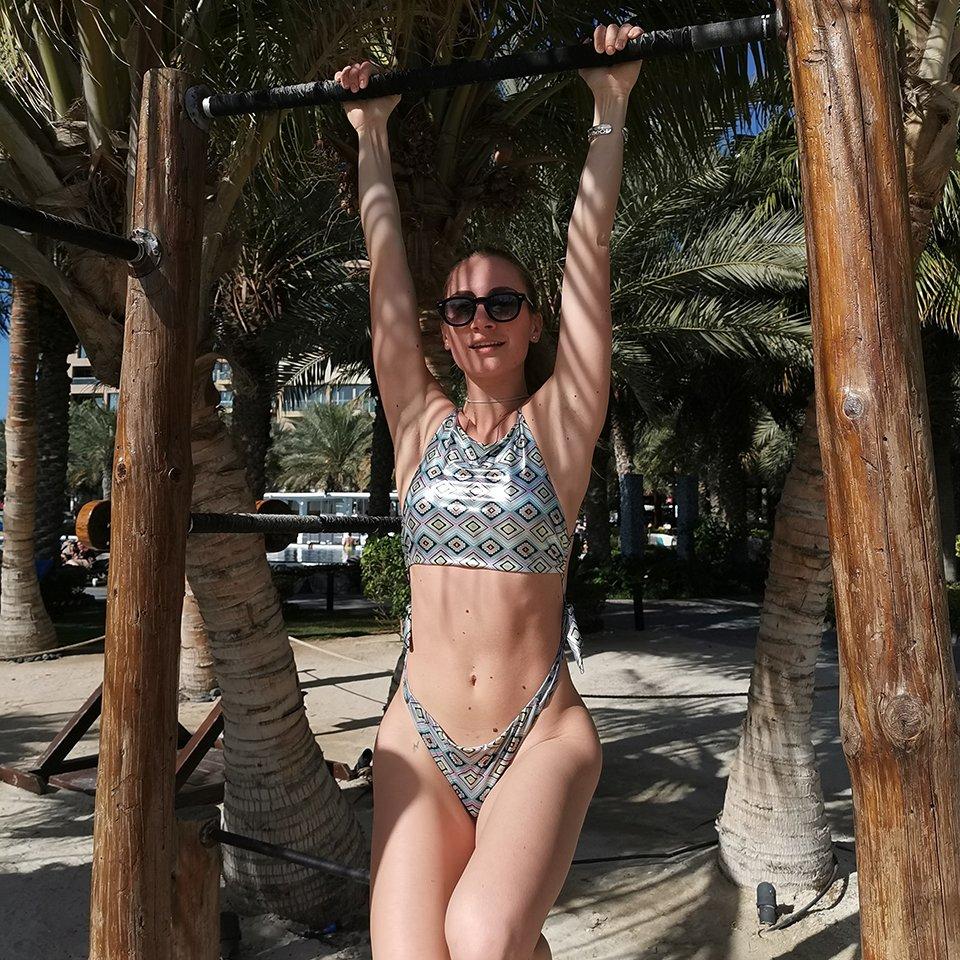 Nikita Pelizon bikini