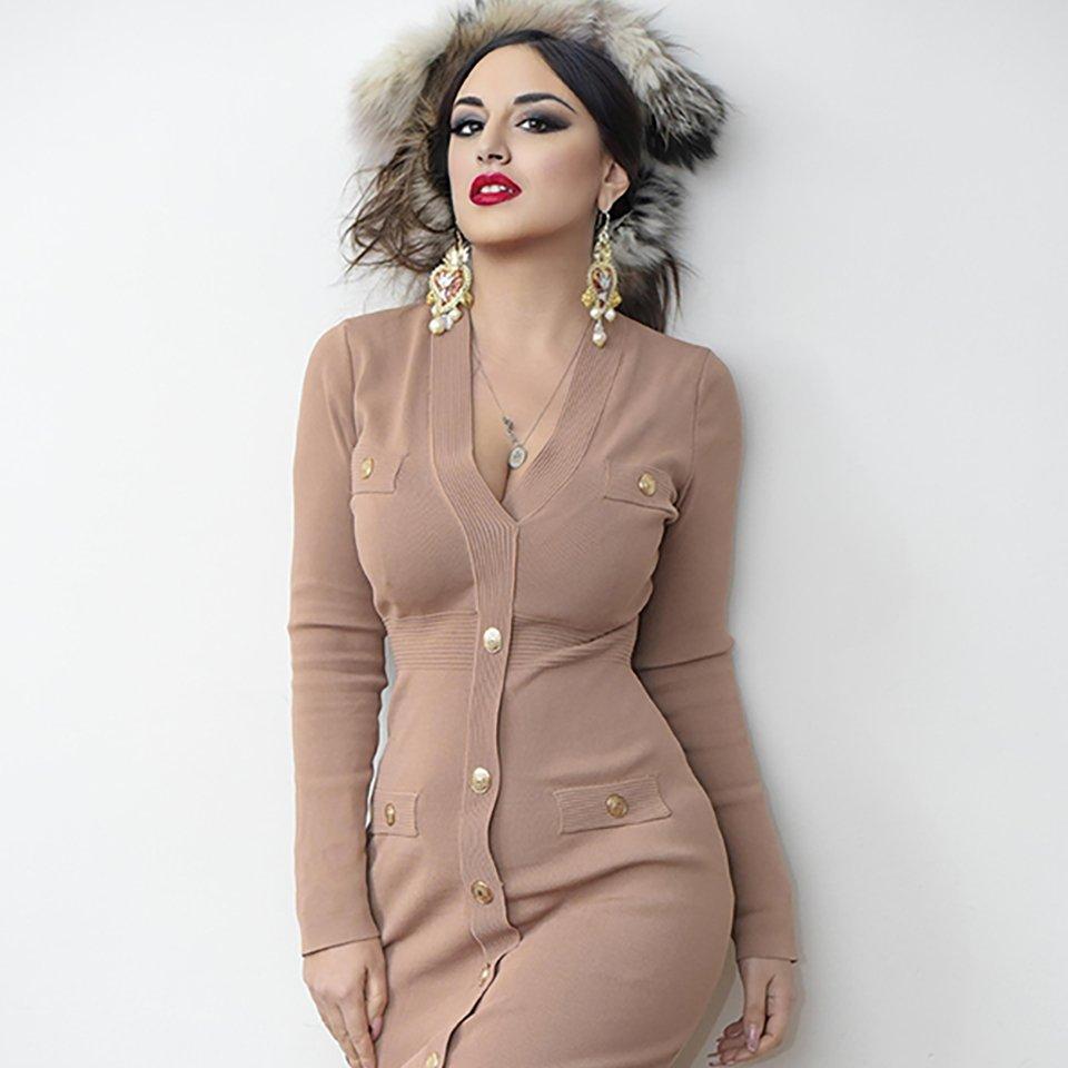 Paola Suarez model